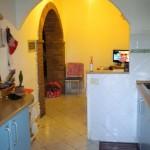 Arezzo - Via Della Chimera: Interno giorno