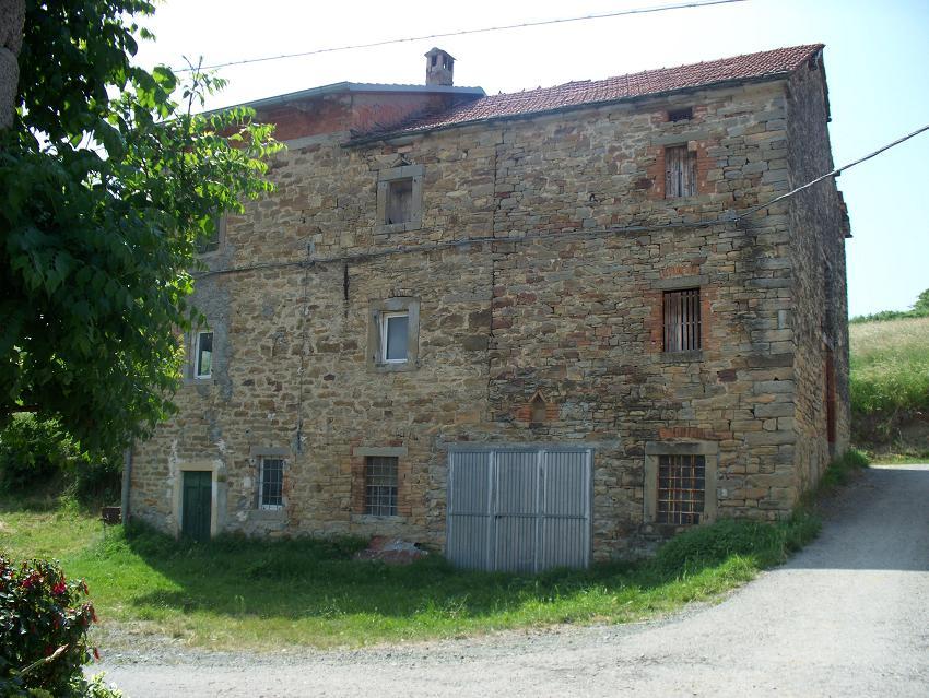 Casa c d 39 orazio appennino properties - Ricci casa ciano d enza ...