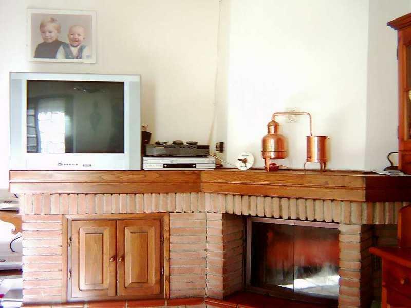 Casa giovanni appennino properties - Ricci casa ciano d enza ...