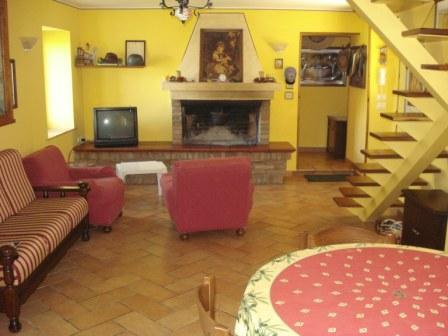 Villa pietro appennino properties - Ricci casa ciano d enza ...
